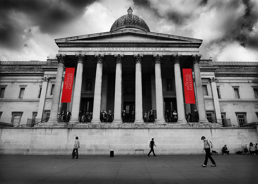 London Photograph - National Gallery London by Ed Pettitt
