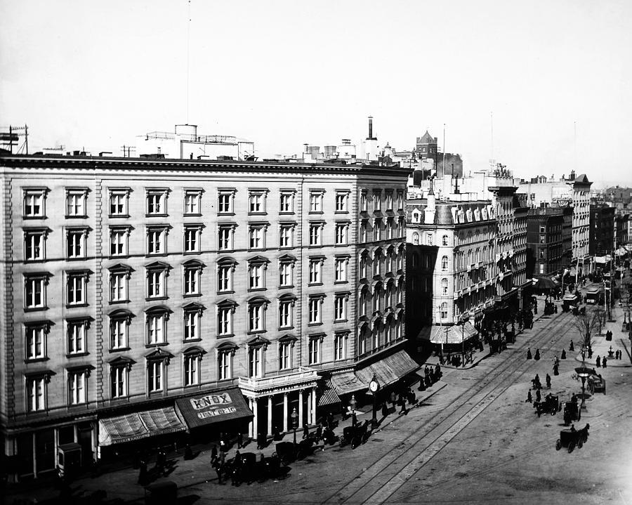 1880 Photograph - New York City Hotel by Granger
