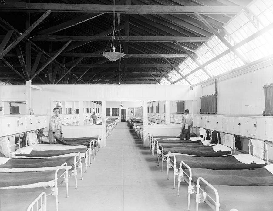 20th Century Photograph - Occoquan Workhouse by Granger