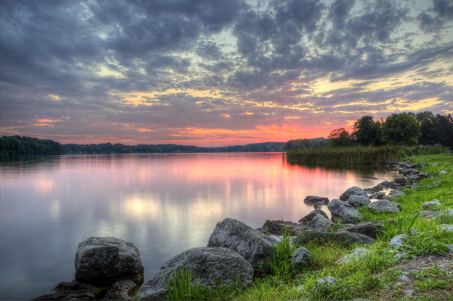 Guilford Lake Photograph - Ohio Lake Sunset by David Dufresne