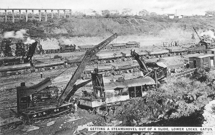 1910 Photograph - Panama Canal, 1910s by Granger