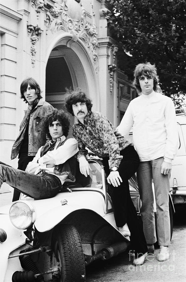 Pink Floyd Photograph - Pink Floyd 1967 by Chris Walter