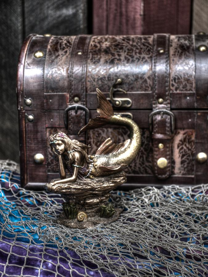 Costume Photograph - Pirates Of The Caribbean V7 by John Straton