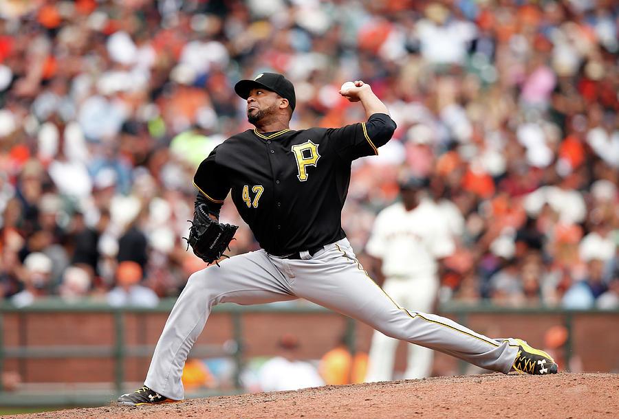 Pittsburgh Pirates V San Francisco Photograph by Ezra Shaw
