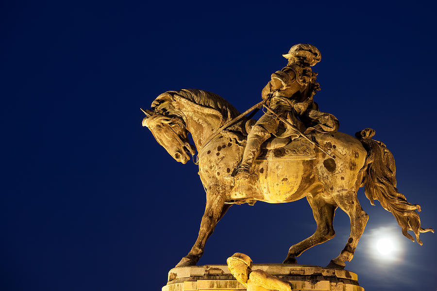 Statue Photograph - Prince Eugene Of Savoy Statue At Night by Artur Bogacki