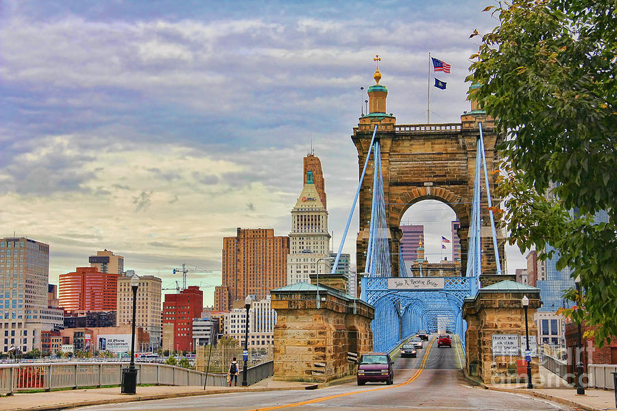 Cincinnati Ohio Photograph - Roebling Bridge 9872 by Jack Schultz