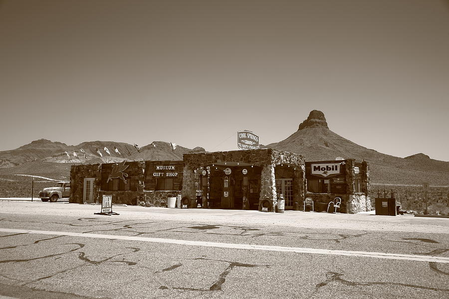 66 Photograph - Route 66 - Cool Springs Camp by Frank Romeo