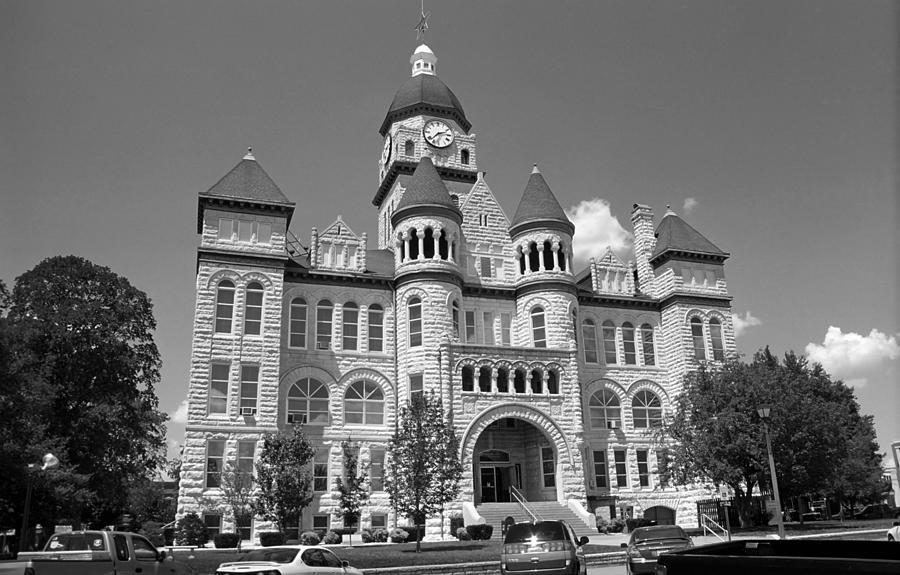 66 Photograph - Route 66 - Jasper County Courthouse by Frank Romeo