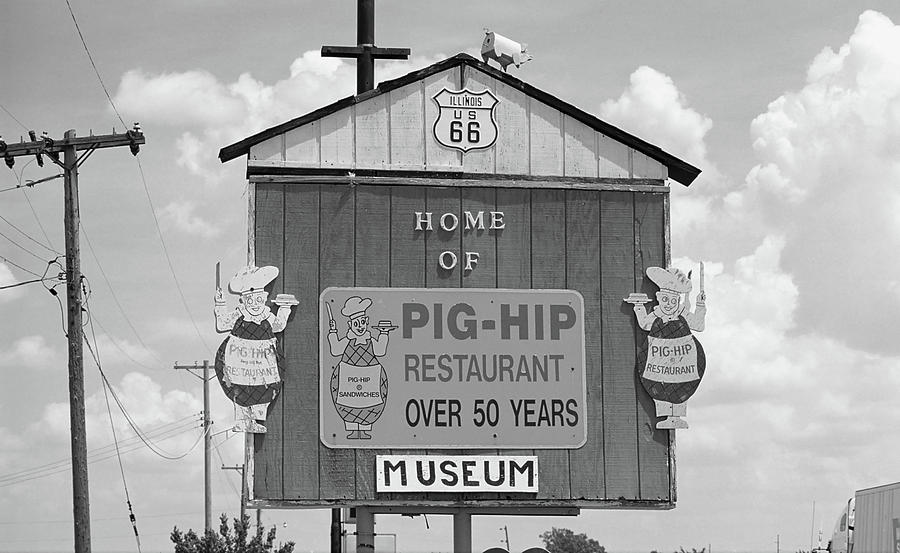 66 Photograph - Route 66 - Pig-hip Restaurant by Frank Romeo