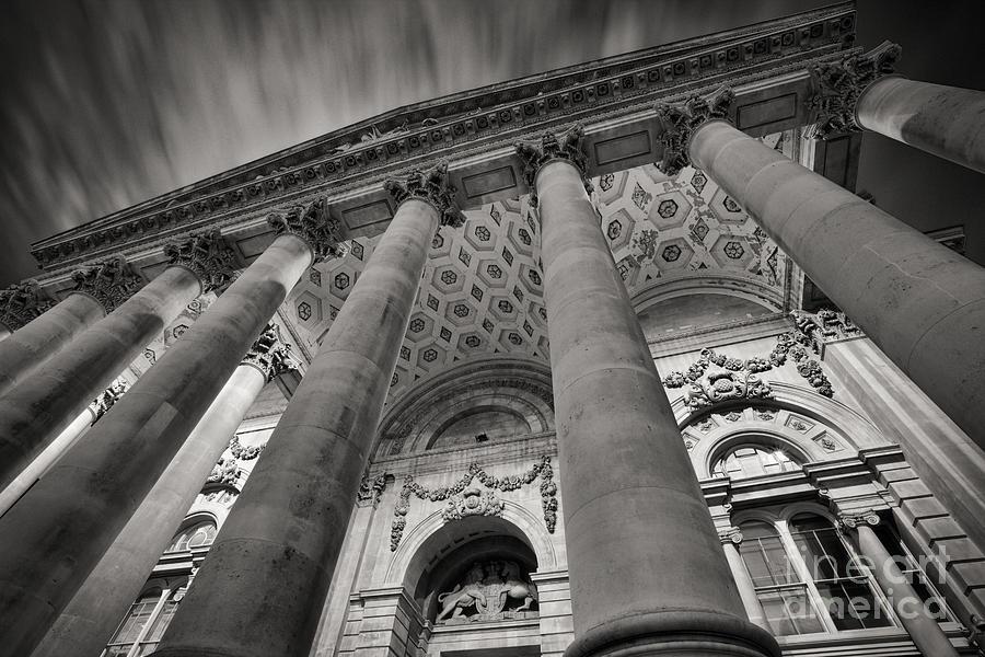 Royal Exchange Photograph - Royal Exchange London by Rod McLean