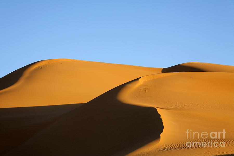 Libya Photograph - Sand Dunes Of The Sahara Desert by Robert Preston