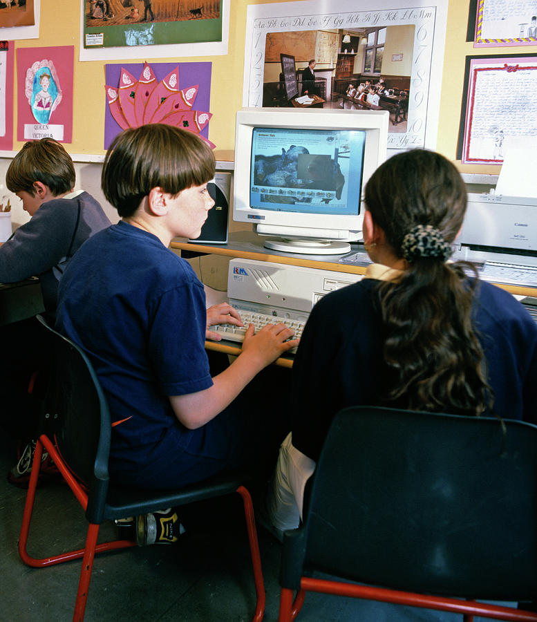 Human Photograph - Schoolchildren Working by Martin Riedl/science Photo Library