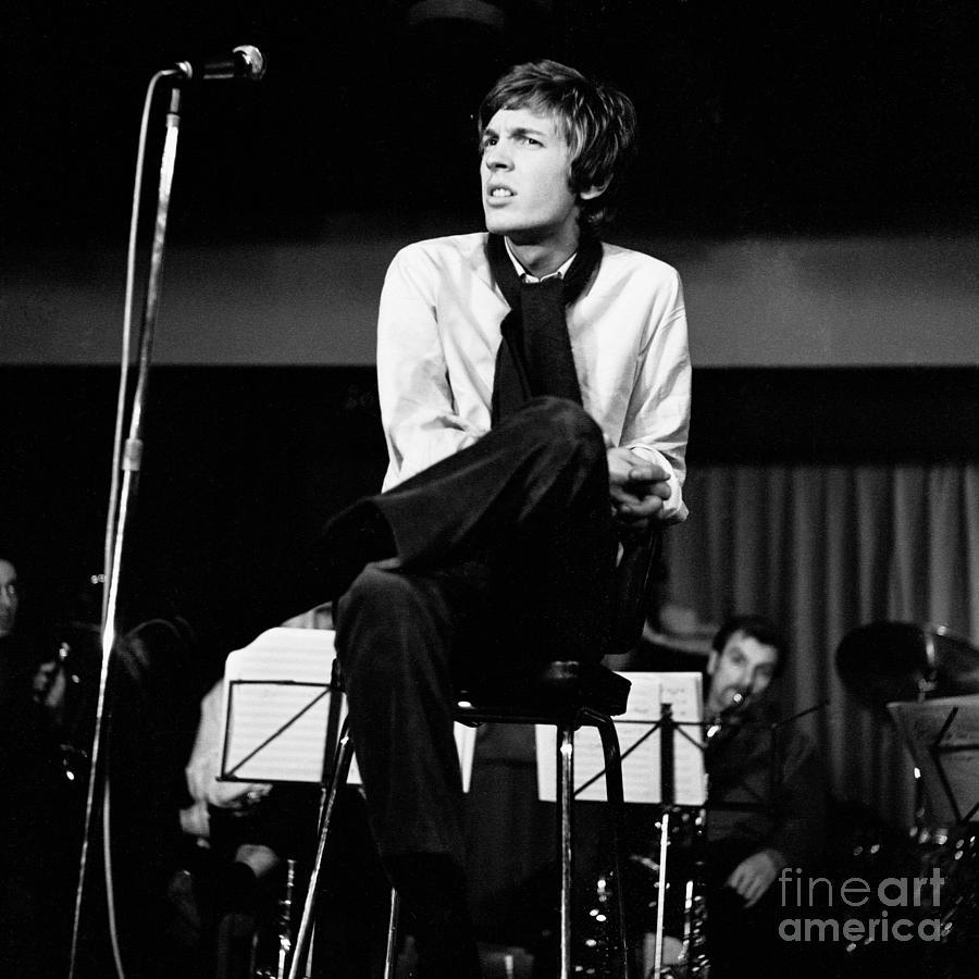 Scott Walker Photograph - Scott Walker 1969 by Chris Walter