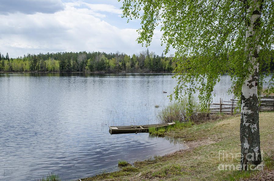 Beach Photograph - Serene Lake View by Kennerth and Birgitta Kullman