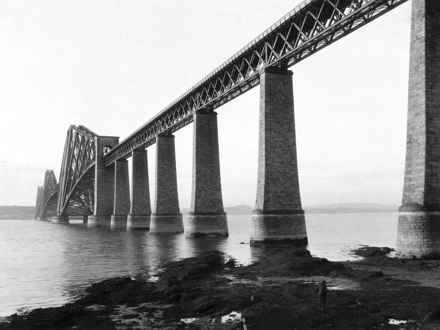 1920's Photograph - The Forth Bridge 1 by Underwood Archives
