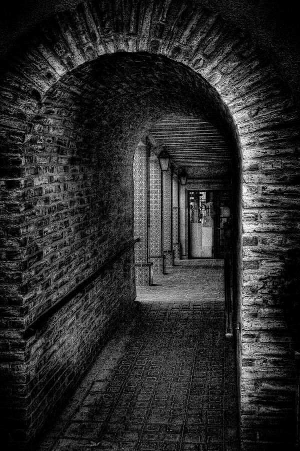 Tlaquepaque Photograph - The Hallway at Tlaquepaque by David Patterson