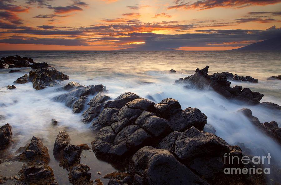 Kihei Photograph - Through The Gap by Mike  Dawson