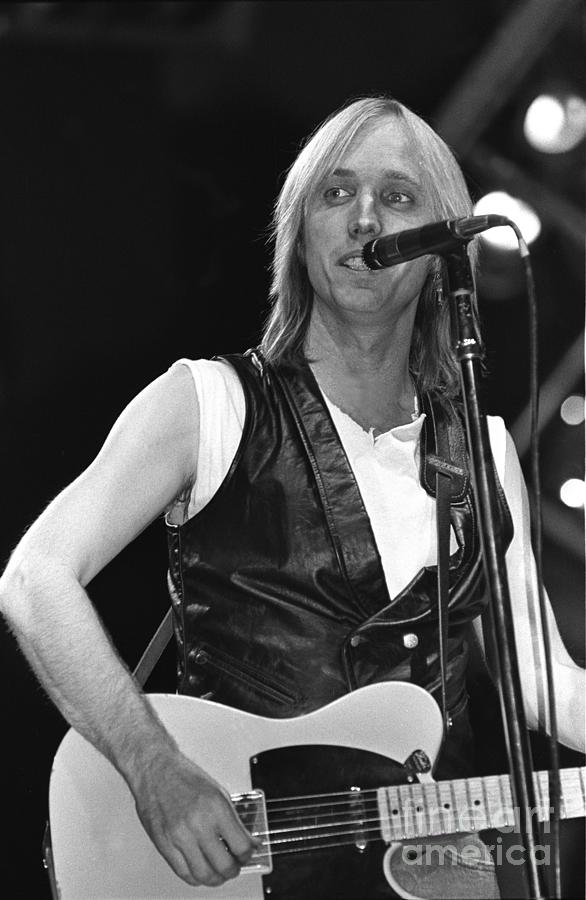 Singer Photograph - Tom Petty And The Heartbreakers 1 by Concert Photos