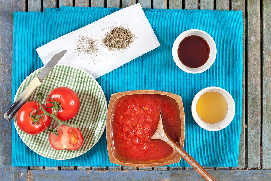Bowl Photograph - Tomatoes by Tom Gowanlock
