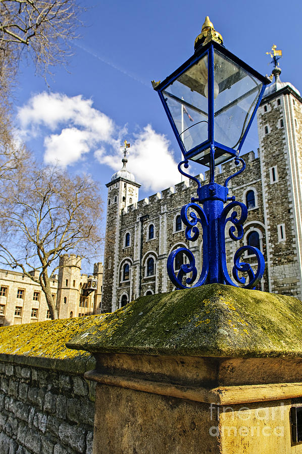 Tower Photograph - Tower Of London by Elena Elisseeva