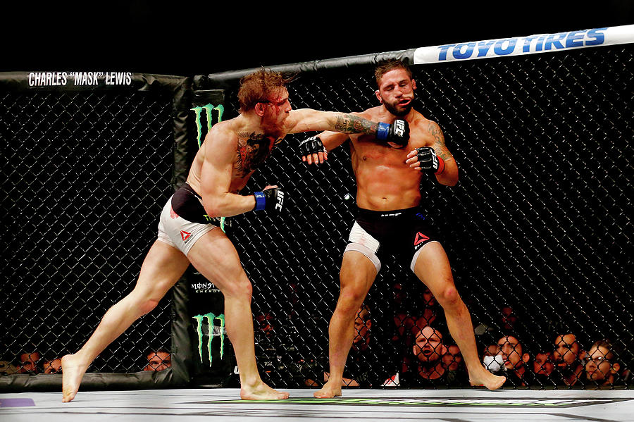 Ufc 189 Mendes V Mcgregor Photograph by Christian Petersen/zuffa Llc