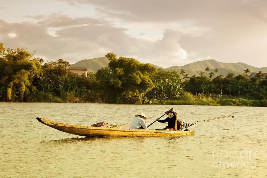 Canoe Photograph - Vietnamese Fishermen by Fototrav Print