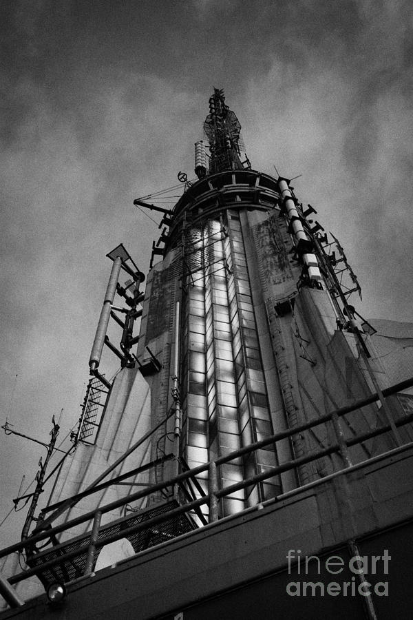 Usa Photograph - View Of The Top Of The Empire State Building Radio Mast New York City by Joe Fox