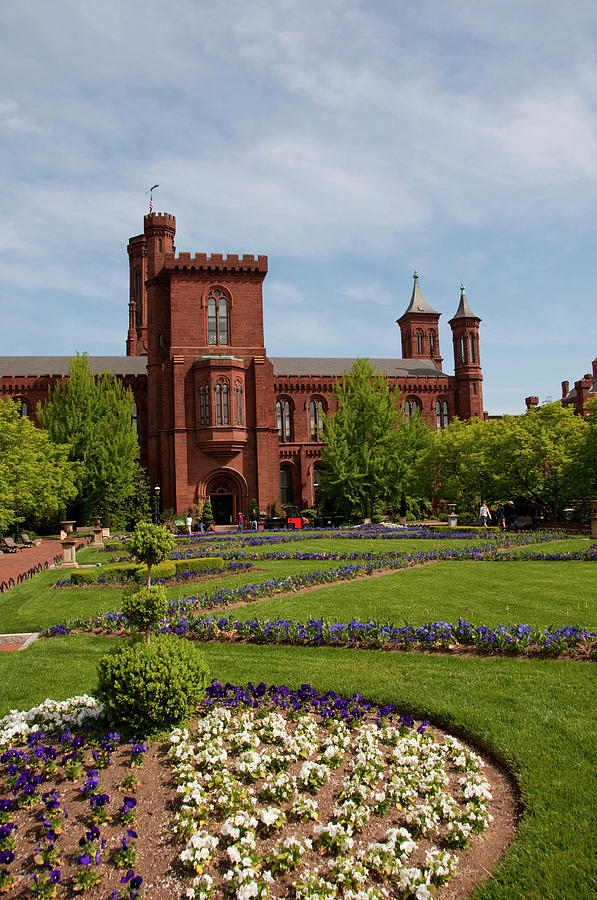 Architecture Photograph - Washington Dc, Smithsonian Headquarters by Lee Foster