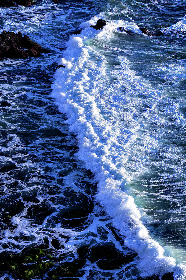 Waves, Pacific Ocean Photograph by Garry Gay