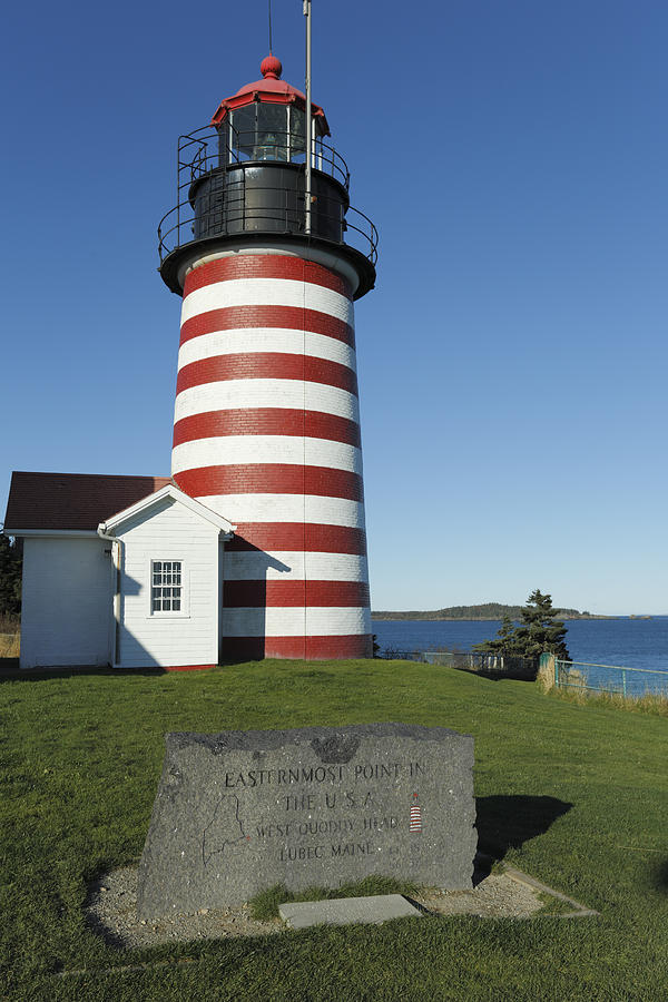 West Quoddy Lighthouse Lubec Maine Photograph by Scott Leslie