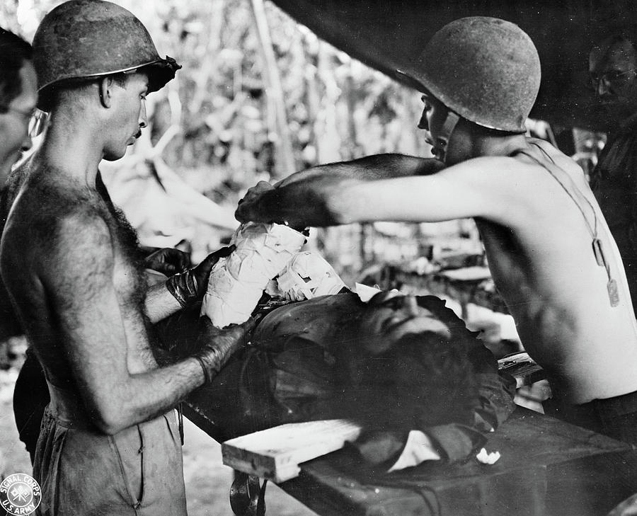 1942 Photograph - Wwii New Guinea, C1943 by Granger