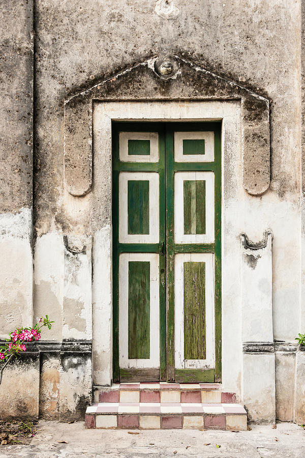 Xxxl Old Weathered Door On Deterioting Photograph by Ogphoto
