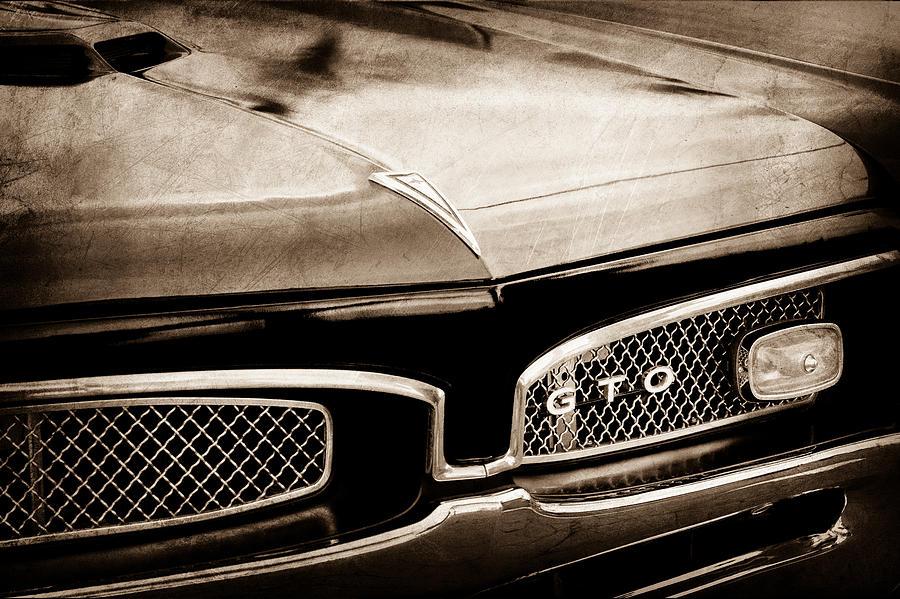 a9397ec71 1967 Pontiac Gto Grille Emblem. 1967 Pontiac GTO Grille Emblem. Jill Reger