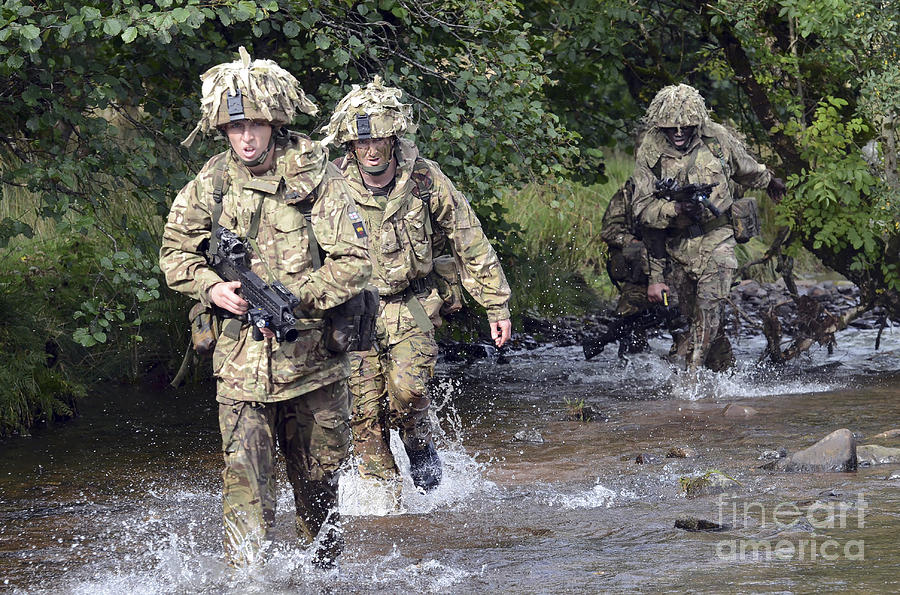 Welsh Guards Photograph - Welsh Guards Training by Andrew Chittock
