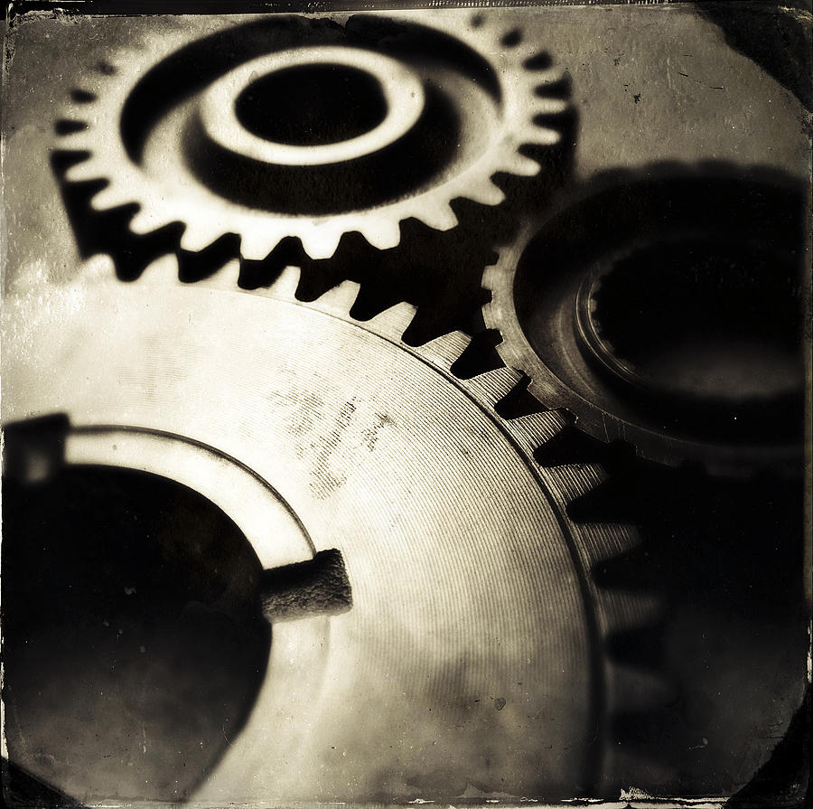 Three Photograph - Cogs by Les Cunliffe