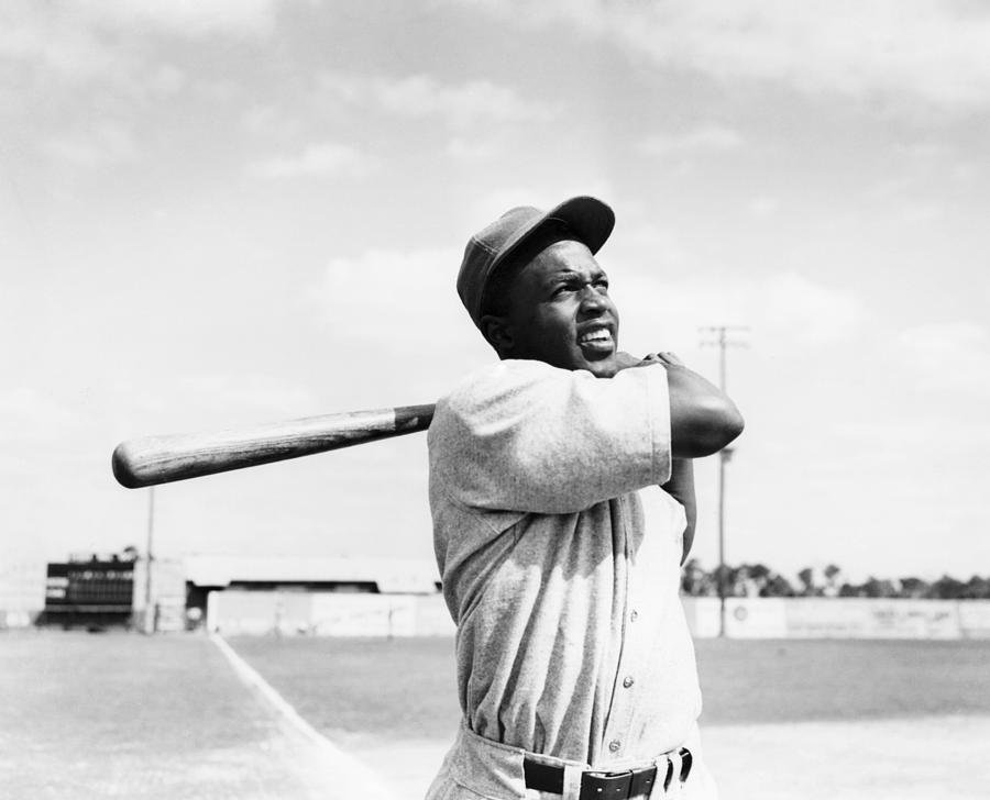 1946 Photograph - Jackie Robinson (1919-1972) by Granger