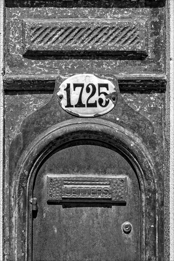 Mailbox Photograph - 1725  by Robert Ullmann