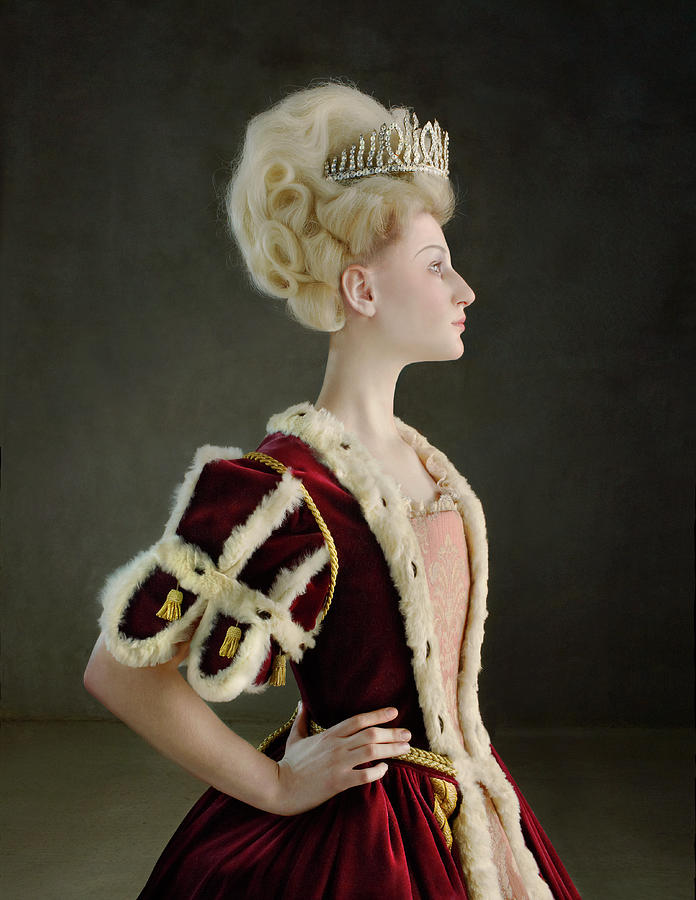 18th Century Queen Wearing Red Robe Photograph by Zena Holloway