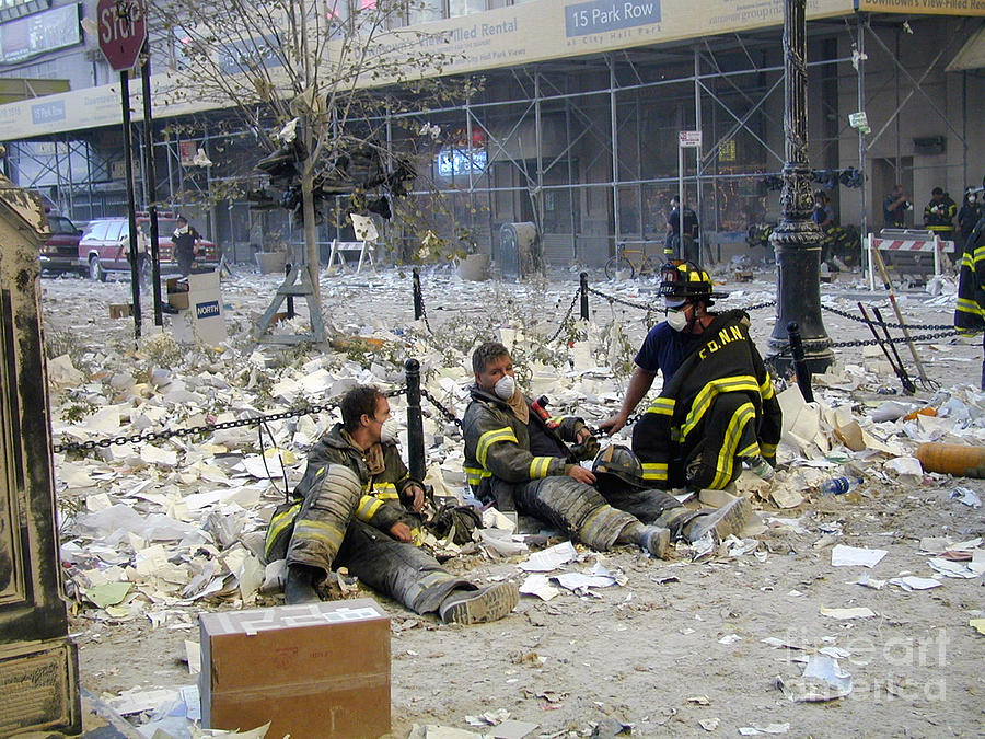 essay on 911 terrorist attack Kids learn about the september 11 terrorist attacks including the collapse of the twin towers, the crash into the pentagon, flight 93 9/11 heroes there are many.