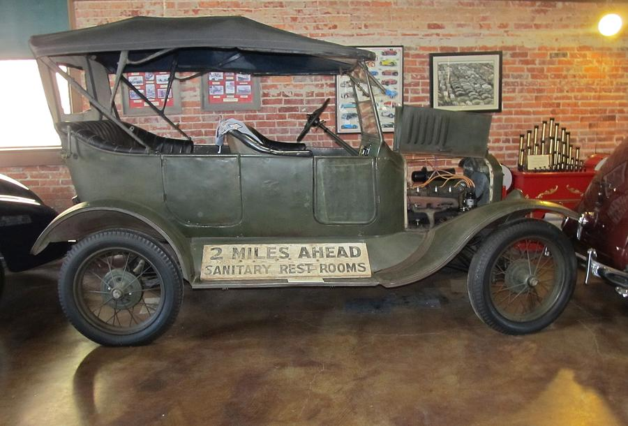 1922 Model T Touring Car Jefferson Texas Photograph By Donna Wilson