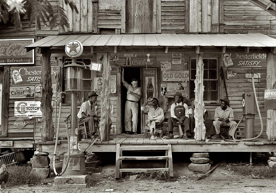 1930's Photograph - 1930s Southern Gas Station by Bill Cannon