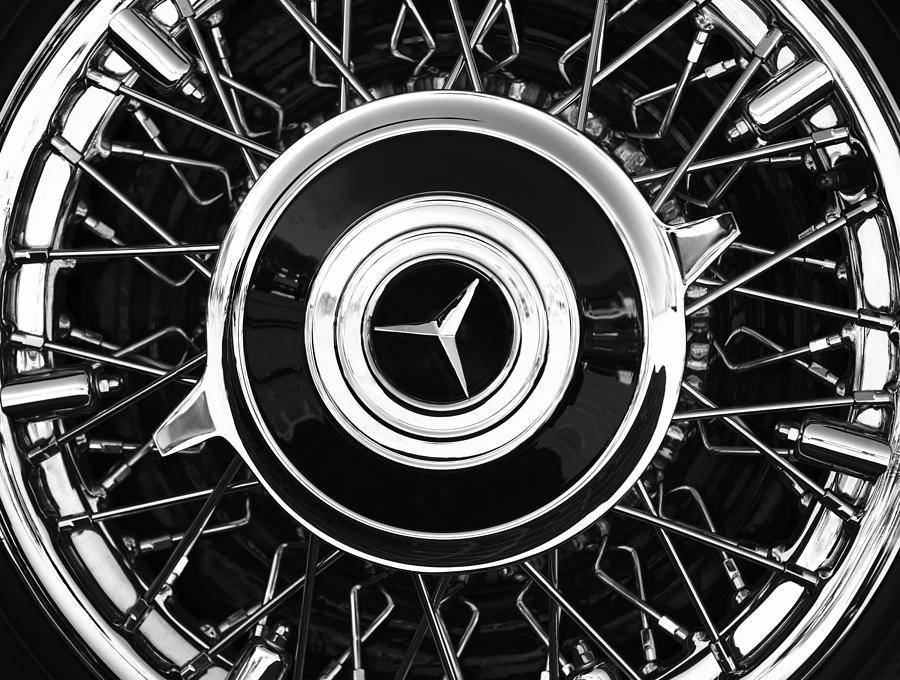 Bw Photograph - 1939 Mercedes-benz 540k Special Roadster Wheel Rim Emblem by Jill Reger