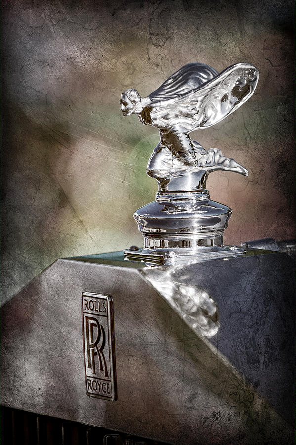 Rolls-royce Emblem Photograph - 1948 Rolls-royce Hood Ornament - Emblem by Jill Reger