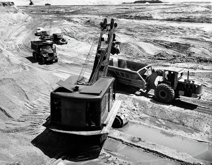 Horizontal Photograph - 1950s Construction Site Excavation by Vintage Images