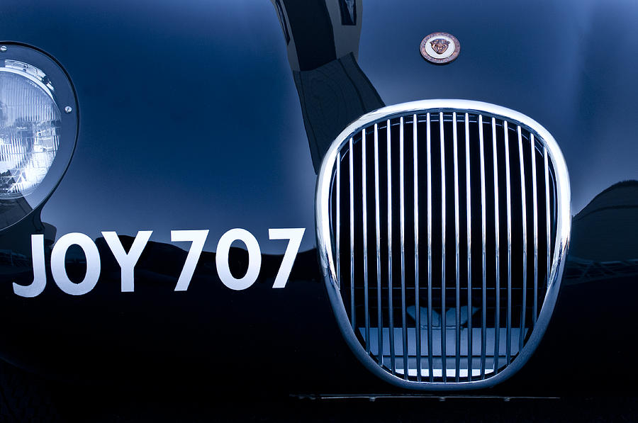 Emblem Photograph - 1951 Jaguar Proteus C-type Grille Emblem 3 by Jill Reger
