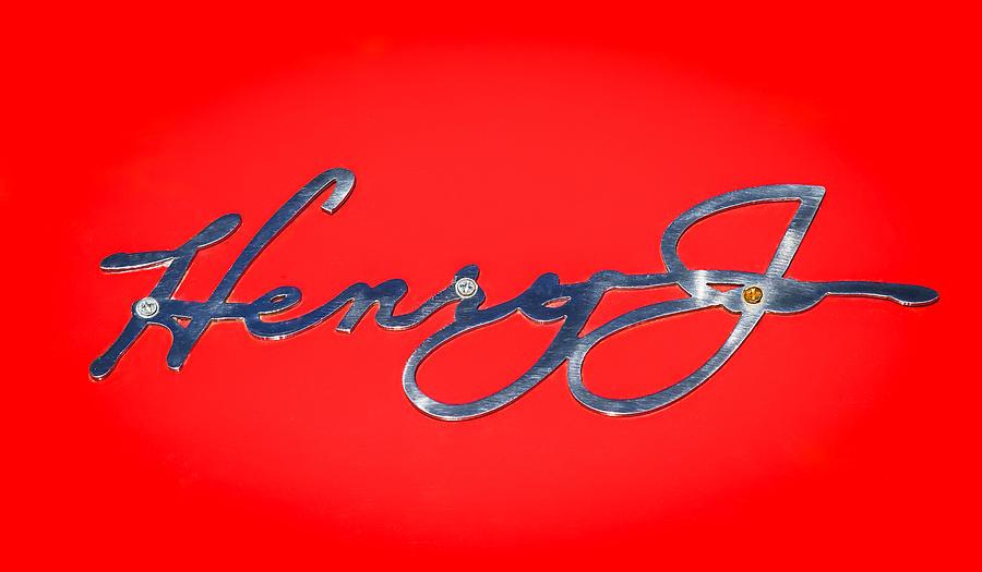 Classic Cars Photograph - 1951 Kaiser Henry J Emblem -460c by Jill Reger