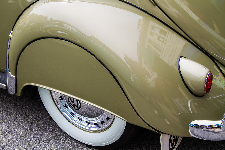 1956 Vw Fender Skirt Photograph By Roger Mullenhour