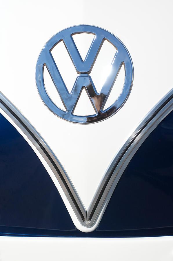 Volkswagen Emblem Photograph - 1958 Volkswagen Vw Bus Emblem by Jill Reger