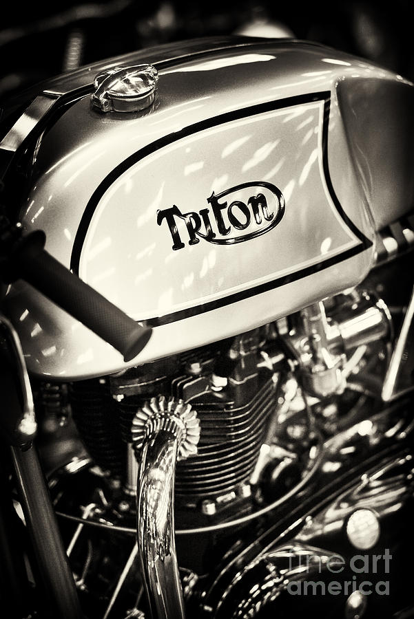 1962 Photograph - 1962 650cc Triton Cafe Racer by Tim Gainey
