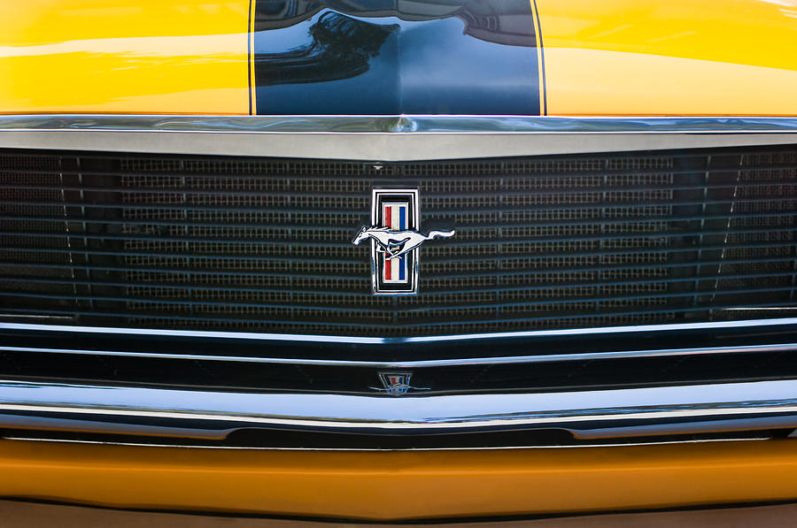 1970 Ford Mustang Boss 302 Grille Emblem Photograph By